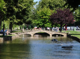 river Windrush in Bourton-on-the-Water